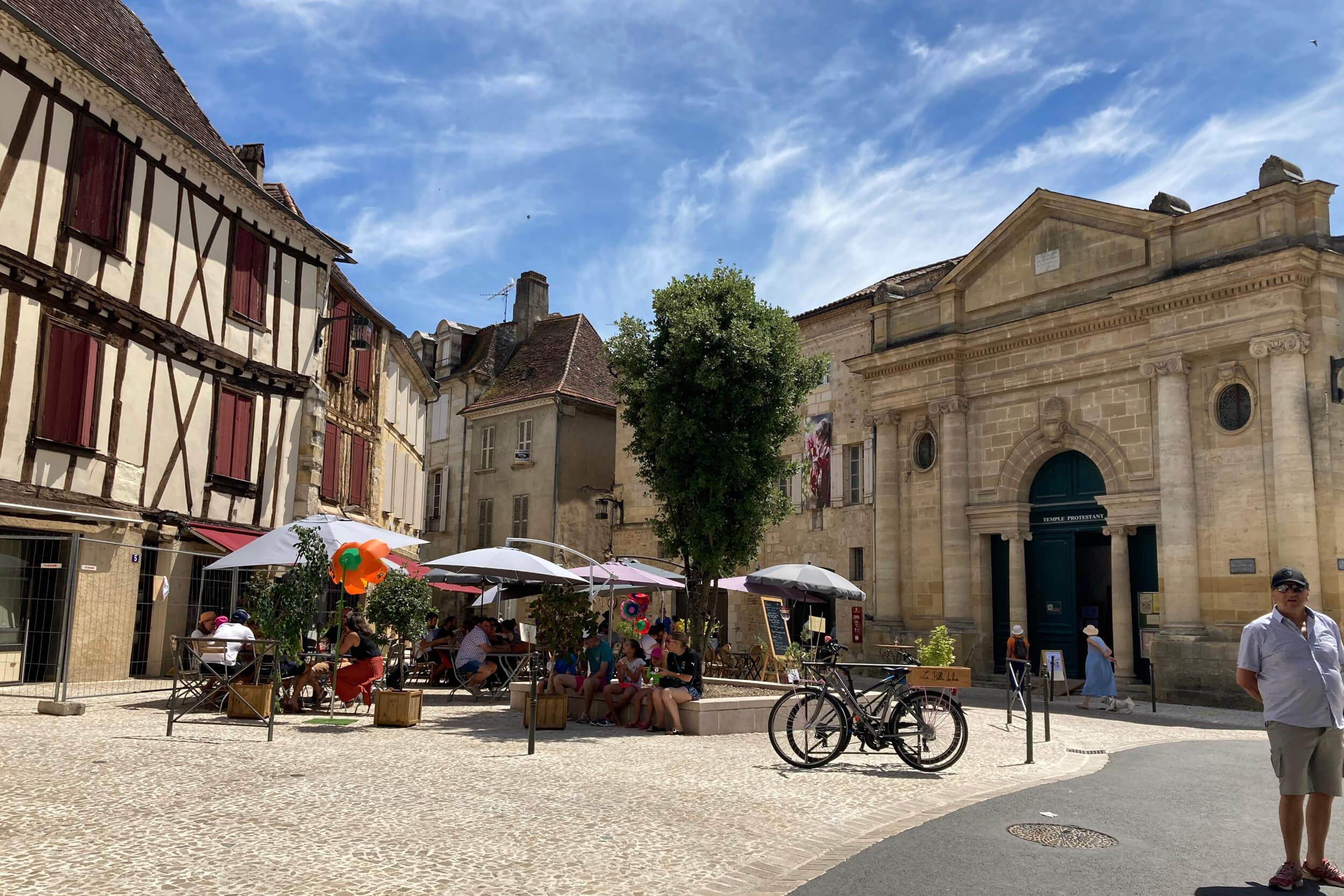 Bergerac market place